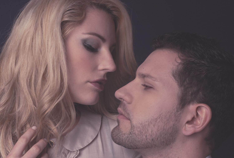 Beauty Fotoshooting Fotostudio Belichtungswert Paar Mann Frau emotionell