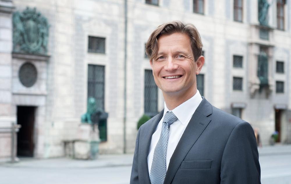Businessportrait München Outdoor geschäftsführer
