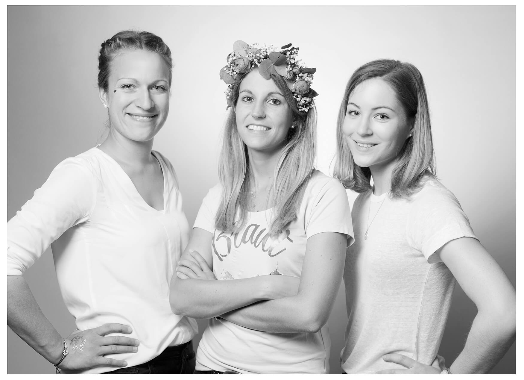 JGA Fotoshooting Portrait Gruppe, schwarz-weiss